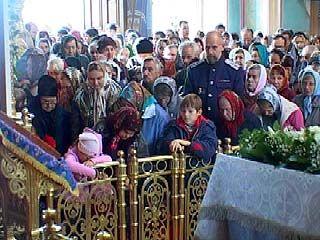 Православные верующие отметили Покров Пресвятой Богородицы
