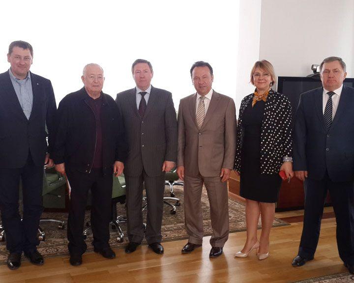 Председатель Центрально-Черноземного банка Владимир Салмин встретился с губернатором Липецкой области