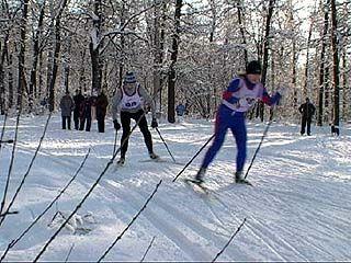 Представители СМИ впервые пробовали свои силы в лыжных гонках