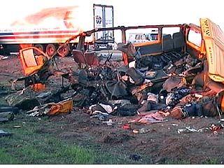 Приговор водителю, виновному в гибели 14 человек, отменен
