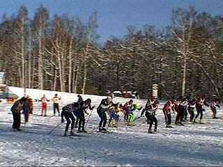 Прошел традиционный турнир по лыжным гонкам памяти Гущина