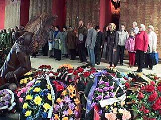 Прошло освещение мемориального комплекса Чижовский плацдарм