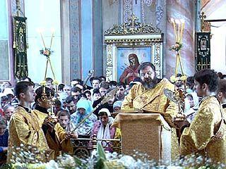 Прошло празднование обретения мощей святителя Митрофания