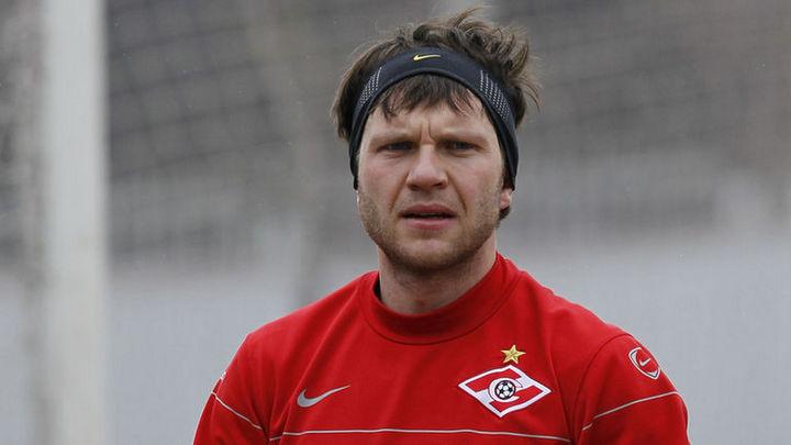 Футболист Саенко вслед за Кержаковым заявил о пропаже миллионов на стройке воронежского завода