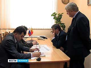 Решить коммунальные проблемы жители Воронежа попросили мэра Сергея Колиуха