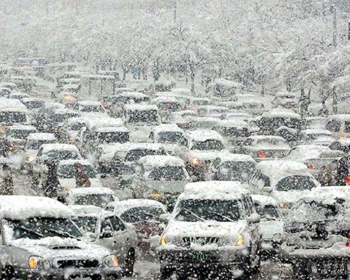 Сильнейший снегопад накрыл Воронежскую область
