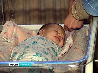 Роды на дому чуть не привели к гибели матери и младенца