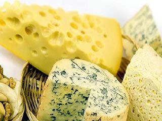 Роспотребнадзор запретил ввозить в Россию некоторые сорта украинского сыра