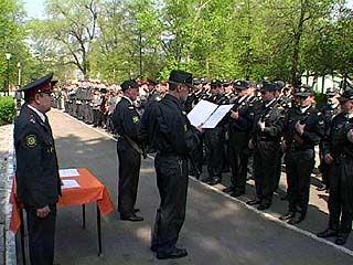 Ряды милиции пополнились на 400 курсантов