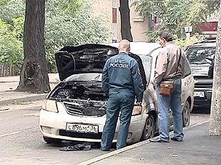 С конца июля в Воронеже огнём уничтожено два десятка машин
