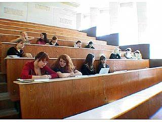 С нового учебного года в области вырастут размеры стипендий