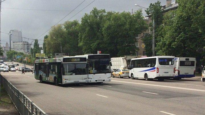 На улицах Воронежа произошли три аварии с участием автобусов
