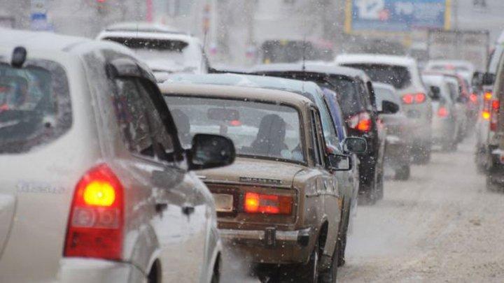 В Воронежской области на трассе М-4 «Дон» образовалась пробка в 10 км