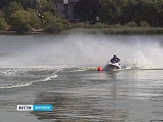 Сегодня подведут итоги водно-моторных соревнований спасателей