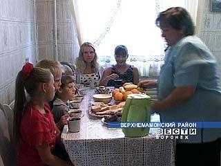 Семья Яровых отправит в школу сразу 11 детей