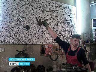 Шиномонтажник Александр Повалюхин собирал коллекцию гвоздей 10 лет