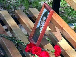 Скамья памяти Дмитрия Ганина появилась у Воронежского музея-диорамы