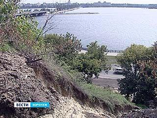 Склон на Петровской набережной укрепят
