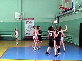 Состоялось открытие четвертой летней спартакиады по баскетболу