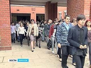 Спасатели проверили готовность воронежской школы ╧1
