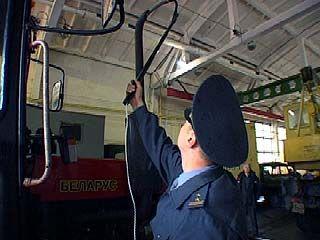 Специалисты Гостехнадзора ежегодно проверяют до 50 тысяч единиц техники