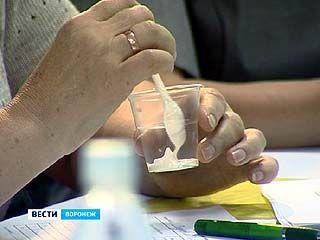 Специалисты Воронежкачества провели дегустацию воды и майонеза