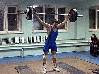 Спортсмены из 6 районов области боролись за титул по тяжелой атлетике