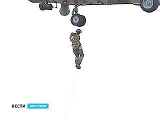 Спуститься с небес на землю без парашюта могут сотрудники таможенной службы