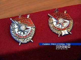 """Спустя год в Музей """"Арсенал"""" возвращены похищенные медали"""