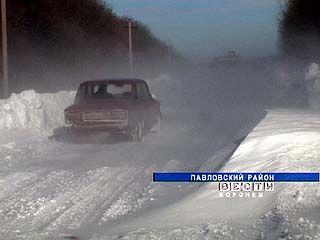 Сразу несколько сел Воронежской области оказались в снежном плену