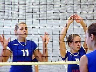 Стартовали соревнования первенства России по волейболу среди девушек