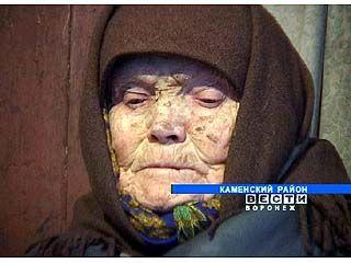 Старушка избила 79-летнюю сестру поленом