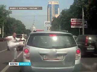 """""""Стоп-хам"""" следит за водителем из ролика, взорвавшего Интернет"""