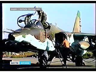 СУ-25 совершил внеплановую посадку в Воронежском аэропорту