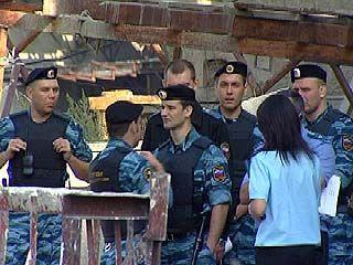 Суд предписал освободить землю на улице Ломоносова от незаконных строений