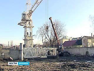 Судебные приставы взялись за стройплощадку на улице Славы