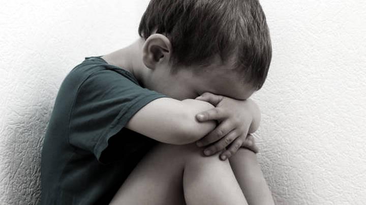 Воронежцы нашли плачущего годовалого мальчика в подъезде дома