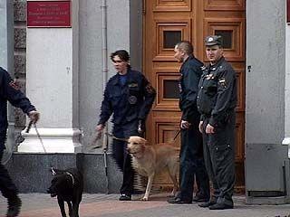 Телефонный террорист продолжает донимать воронежских чиновников