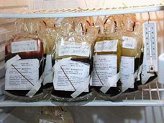 Тонны донорской крови могут отправиться на свалку