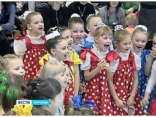 """Торговый центр """"Аксиома"""" отметил свое 7-милетие детским праздником"""