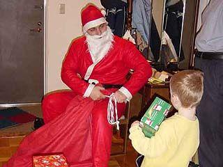 Требуйте лицензию у Деда Мороза!