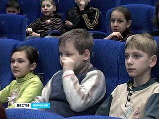 """""""Центр Галереи Чижова"""" проводил бесплатный показ отечественных фильмов о войне"""