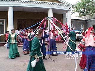 Творческие коллективы из Каширы побывали в Новой Усмани