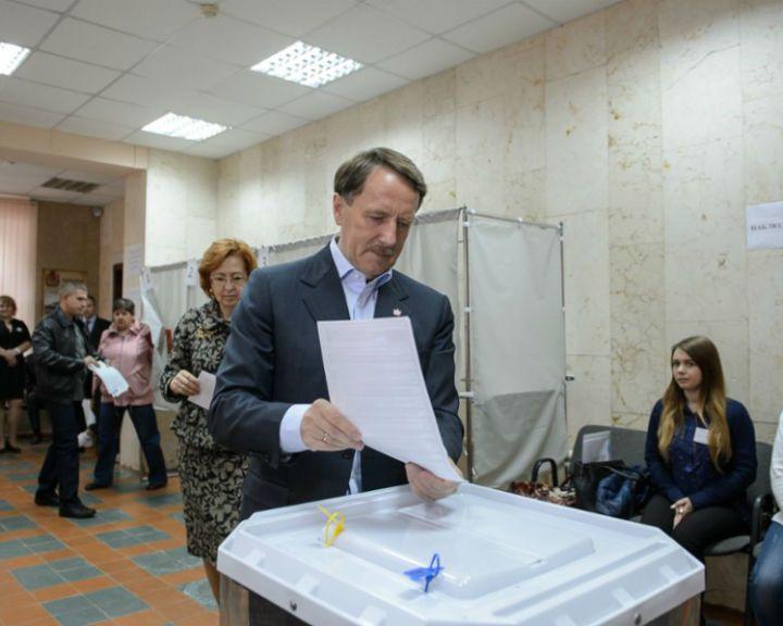 Губернатор Алексей Гордеев отказался от места в ГосДуме