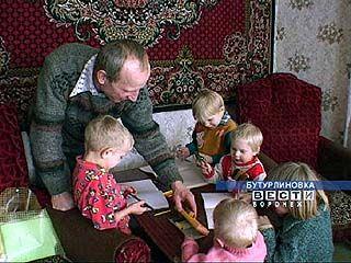 У супругов Нижевясовых пятнадцать детей, ждут внука