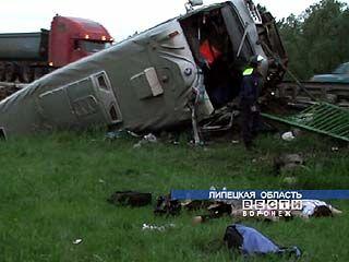 У водителя автобуса, попавшего в ДТП на Липецкой трассе, не было прав