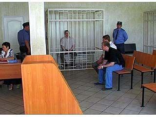 Участковые Адамчик и Чекризов осуждены за превышение полномочий