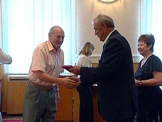 Участники сельскохозяйственной переписи награждены медалями