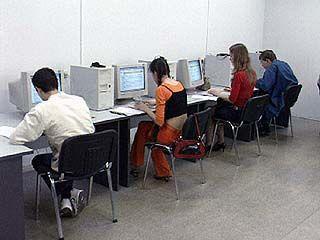 Ученики Таловских школ скоро смогут пользоваться Интернетом