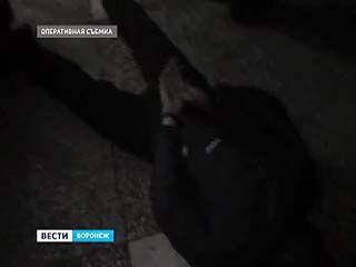 Умельцев, способных за 10 минут разрезать банкомат, задержали воронежские полицейские